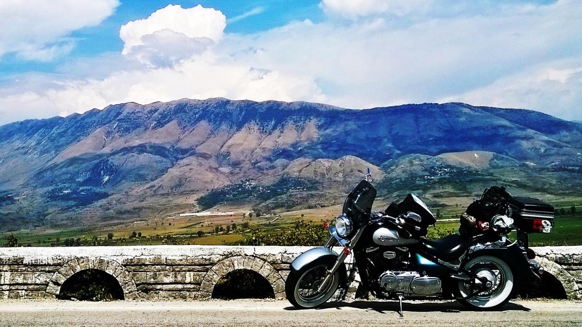 In Albania este grozav !
